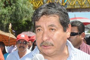 Ulises Ruiz y Vicente Fox, únicos responsables de asesinatos en el 2006, afirma líder magisterial (13:54 h)