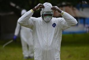 Suman casi tres mil personas muertas por ébola en África: OMS (21:19 h)