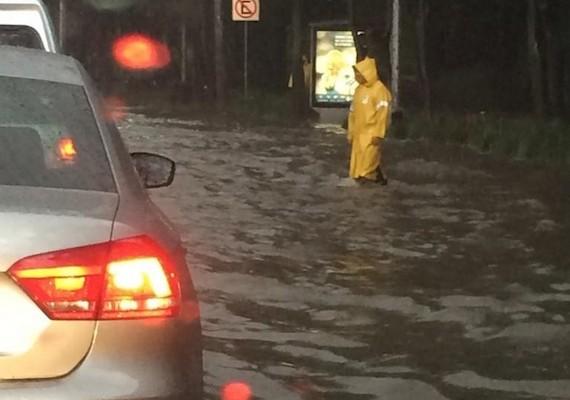 Provoca daños lluvia en la capital oaxaqueña (21:24 h)
