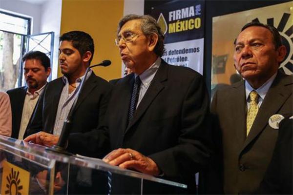 Tardías, decisiones del PRD en caso Iguala: Cárdenas (19:20 h)