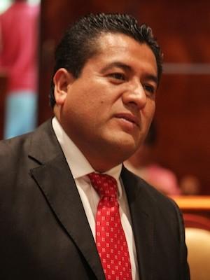 Desde el Congreso legislamos en apoyo a migrantes: Arsenio Mejía (16:50 h)