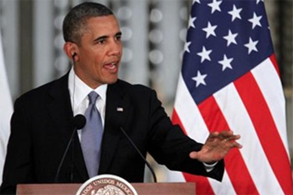 Obama desea feliz 4 de julio a sus compatriotas; Putin lo felicita y pide diálogo (14:50 h)
