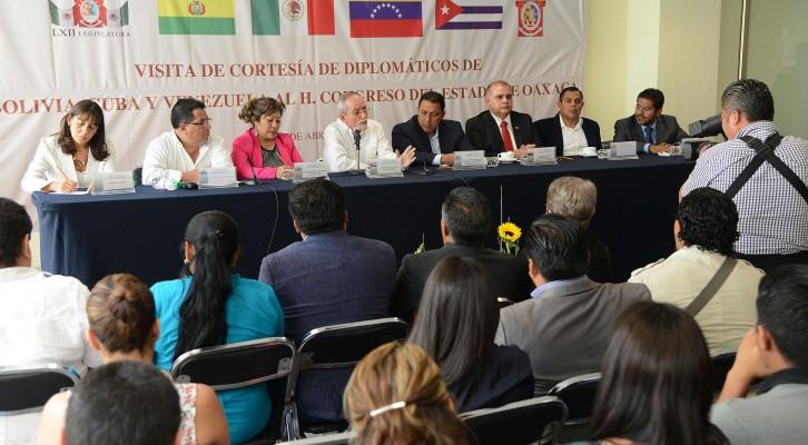 Fortalecerá Congreso vínculos con Cuba y Venezuela (18:00 h)