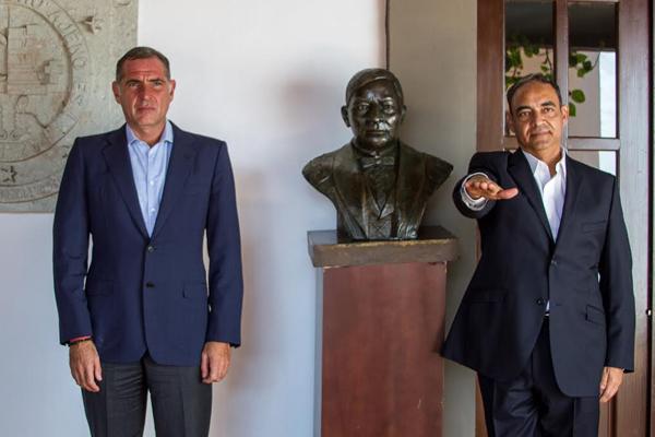 Designa Cué a Alberto Esteva como nuevo titular en la Jefatura de la Oficina de la Gubernatura (18:15 h)