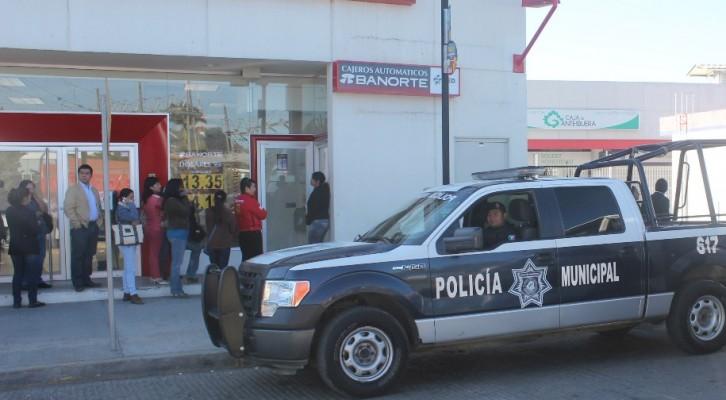 """Policía municipal emite recomendacionesante fraude de los llamados """"paqueros"""" (19:58 h)"""