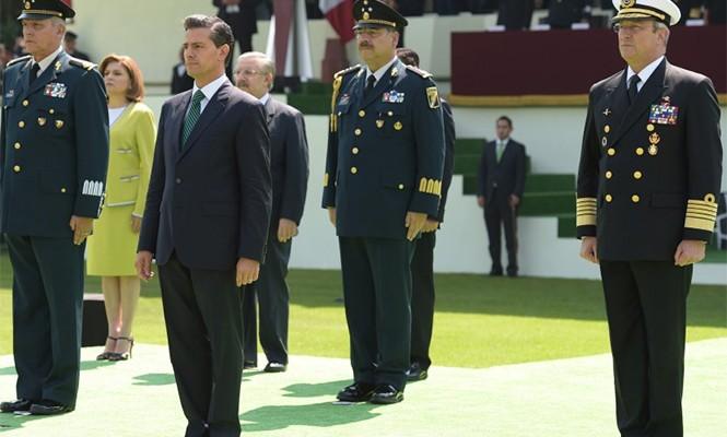 Encabeza Peña Nieto homenaje a militares abatidos en Jalisco (19:10 h)