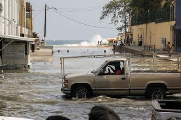 Al menos 218 viviendas afectadas por Mar de Fondo en Guerrero (19:30 h)