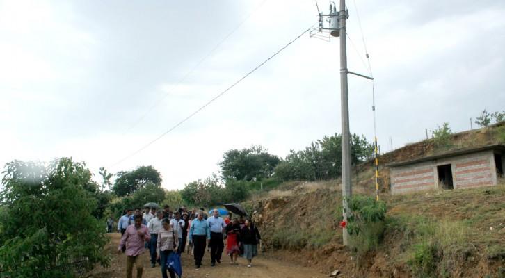 Vecinos de Donají mejoran su calidad de vida a través de obra de electrificación entregada por Villacaña (21:00 h)