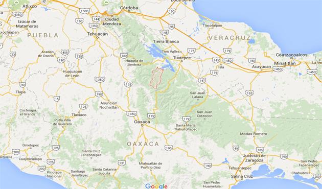 Colapsa carretera San Felipe Usila - Jalapa de Díaz (11:35 h)