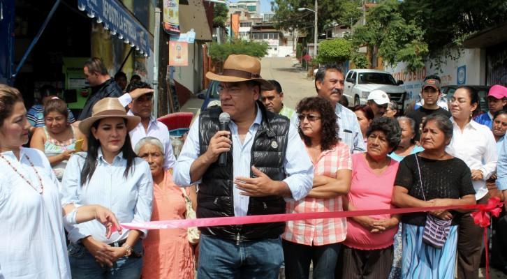 Inaugura Villacaña obras de rescate de Avenida Venus (17:05 h)