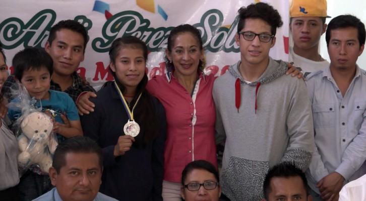 Regresó a Oaxaca, Areli Pérez Solís, Subcampeona Mundial de Lucha (20:20 h)