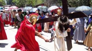 jesus con cruz1